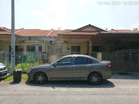 Property for Auction at Taman Langat Utama