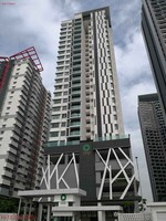 Property for Auction at Twinz Residences
