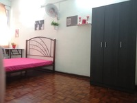 Terrace House Room for Rent at Bandar Baru Sri Petaling, Sri Petaling