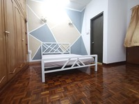 Terrace House Room for Rent at Taman Connaught, Cheras