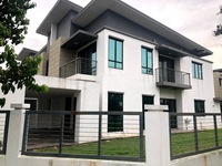 Property for Sale at Zircona