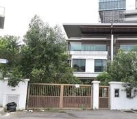 Property for Auction at Puchong Hartamas