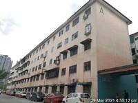 Property for Auction at Selayang Makmur Apartment