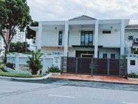 Property for Sale at Seksyen u2