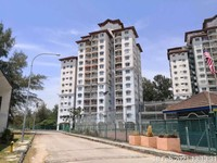 Property for Auction at Sunshine Bay Resort