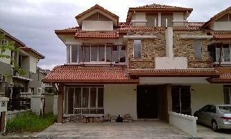 Property for Sale at Anggun 1